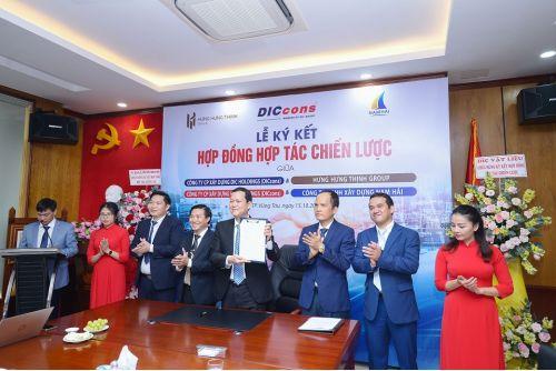 Hưng Hưng Thịnh Group và Công ty Nam Hải ký kết hợp tác chiến lược với Dic Holdings